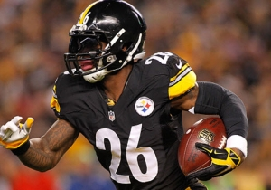 Le'Veon Bell Thinks Vontaze Burfict's 'Gotta Go' After Kicking A Steeler In The Head
