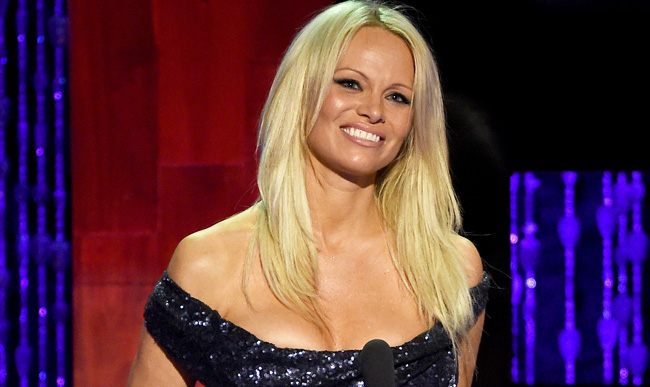 Pamela Anderson celebrates being cured from Hepatitis C