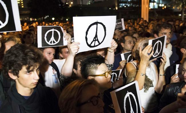 Memorial Held In Hong Kong For Victims Of Paris Terror Attacks