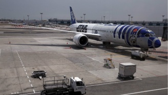 Take A Look Inside The Very Real And Glorious 'Star Wars' R2-D2 Plane