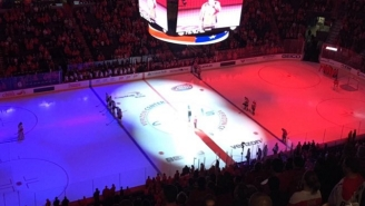 The Washington Capitals Held A Stirring Tribute To The Victims Of The Paris Terror Attacks