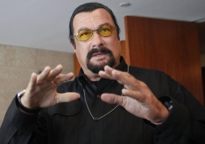 Steven Seagal gives Martial Arts masterclass