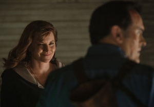 'Ash Vs Evil Dead' Revealed Who Lucy Lawless' Character Is, Kind Of