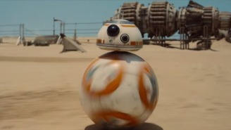 John Boyega Adorably Helps BB-8 Deal With The Stress Of Press Tours