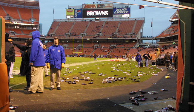 Why Did Browns Fans Pelt Referees With Bottles 14 Years Ago