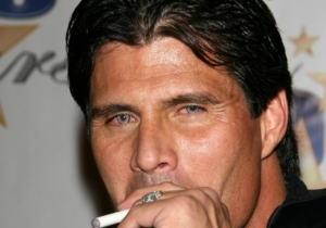 Please Allow Jose Canseco To Explain Why He Wants To Send A Nuclear Bomb To Mars