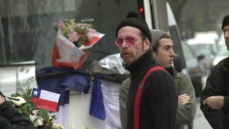 Watch As Eagles Of Death Metal Pay Respects To The Paris Attacks Victims At Bataclan