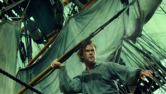Review: Chris Hemsworth seems beached by the phony 'In The Heart Of The Sea'