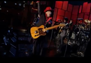 Watch Prince SHRED While My Guitar Gently Weeps