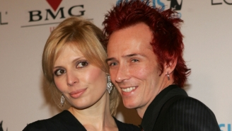 Scott Weiland's Ex-Wife Urges Fans Not To Glorify His Death