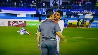 Watch This Panamanian Club Player Shove His Manager After Being Substituted