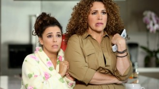 What's On Tonight: Eva Longoria's 'Telenovela' And ABC's 'The Great Christmas Light Fight' Premiere