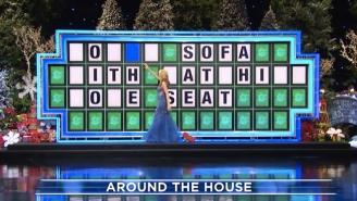 People Are Loving This Clip Of Vanna White Getting A Holiday Prop Stuck To Her Dress On 'Wheel Of Fortune'