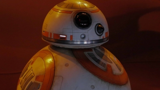 Wait a minute… who played the voice of BB-8 in 'Star Wars: The Force Awakens'?