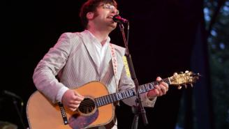 Decemberists Frontman Colin Meloy Mocks Oregon Militia With Erotic Fanfiction
