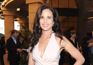 Andie MacDowell Took Criticism In Stride When Twitter Skewered Her First-Class Problem