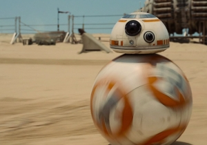 Last chance for Free Tickets to see Star Wars: The Force Awakens