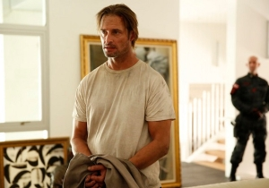 'Colony' Features An Alien Invasion Without Aliens, And That's Good