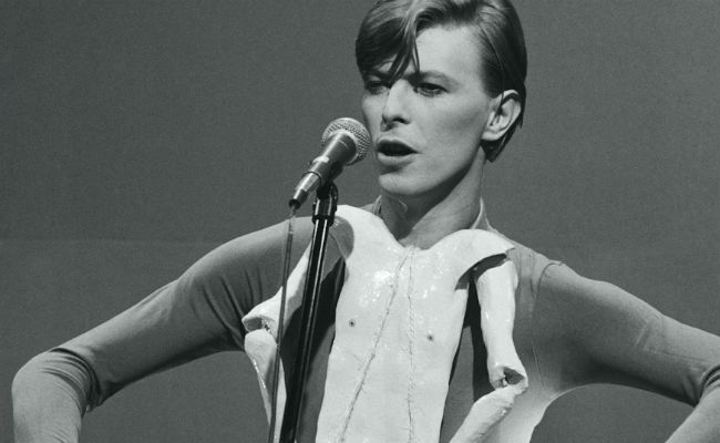 david bowie on snl cropped
