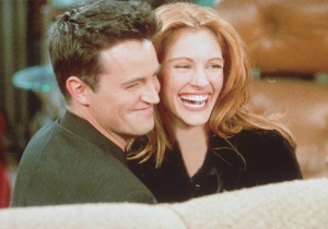 20 years ago today: Julia Roberts, JCVD, and many more guest-starred on 'Friends'