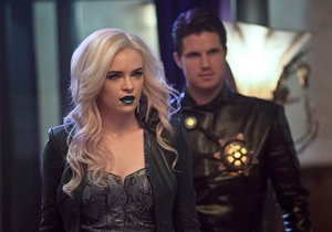 Extended trailer for 'The Flash' reveals more Earth-2, Killer Frost, and Zoom