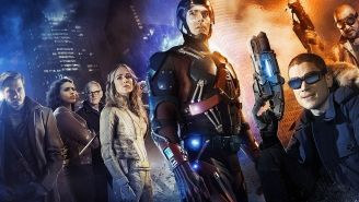 Review: Too many capes? Atom, Firestorm & more team up in 'Legends of Tomorrow'