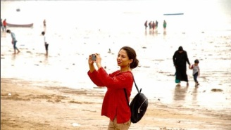 Officials Declare Selfie-Free Zones After A Recent Tragedy In Mumbai