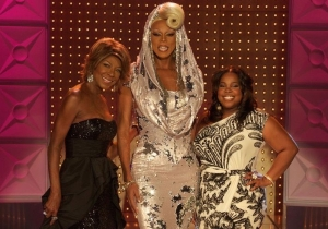 Here's Natalie Cole having a blast watching a drag queen slay 'This Will Be'