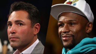 Floyd Mayweather Continues To Needle Oscar De La Hoya For Cross Dressing