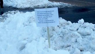 New Yorkers Are Leaving Passive Aggressive Notes In The Aftermath Of The Blizzard Of 2016