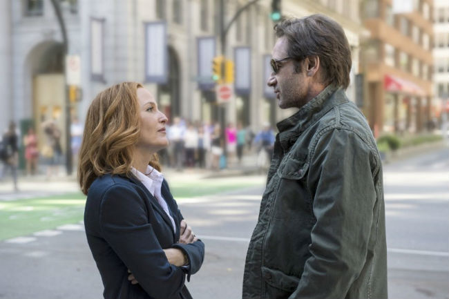 A New 'X-Files' Teaser Starts With A UFO Crash And Gets Crazier From There