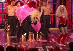 Christina Aguilera Joins Hayden Panettiere For A Little 'Lady Marmalade' On 'Lip Sync Battle'