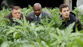 Review: The dumbest 'Brooklyn Nine-Nine' cops get some run in 'House Mouses'
