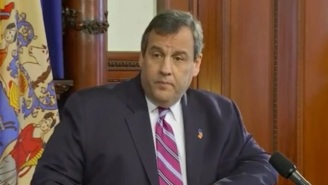 Chris Christie Hilariously Refuses To Answer Questions About Donald Trump, But He Will Chastise The GOP