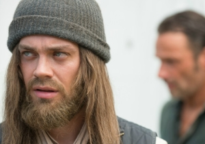 A 'Walking Dead' Star Looks Unrecognizable Following His Exit From The Show