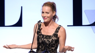 Leslie Mann Explains Why She And Dakota Johnson Flirted With That Reporter