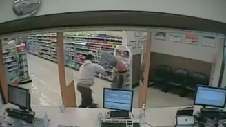 Robber Gets A Hefty Dose Of Karma When He Runs Into A Trained Fighter