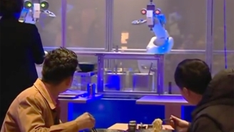 These Robot Chefs In China Put Your Cooking Skills To Shame, But Don't Expect The Robot Uprising