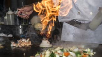 This Lesbian Couple Left The Perfect Tip To A Hibachi Chef Who Insulted Them