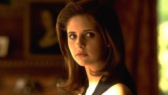 Here's Visual Proof That Sarah Michelle Gellar Is Getting Into 'Cruel Intentions' Mode