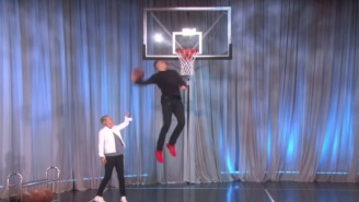 Aaron Gordon Won A Trophy On 'Ellen' For Some More Jaw-Dropping Dunks