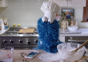 Cookie Monster And Siri Pair Up As Baking Buds In This New iPhone 6s Ad