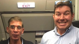 A Fearless EgyptAir Hostage Grabs A Priceless Photo With The Hijacker