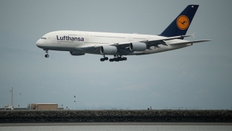 LAX Sees A Near-Miss Situation Involving A Drone And A Lufthansa Jet