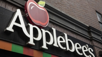 An Applebee's Employee Accidentally Served Alcoholic Root Beer To Three Kids