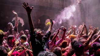 Let's Take A Look At This Year's Holi Celebrations Around The World