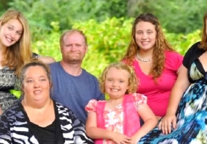 Mama June From 'Here Comes Honey Boo Boo' Lands In The Hospital After Mystery Ailment