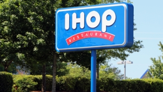 An IHOP 'Robin Hood' Was Arrested For Giving Away $3,000 Worth Of Free Drinks