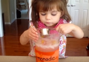 This Little Girl's Lemonade Has The Most Disgusting Secret Ingredient