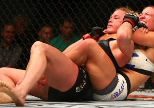 How Miesha Tate Choked Holly Holm Out And Ruined Ronda Rousey's Big Rematch